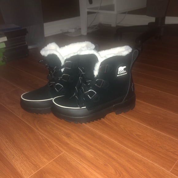 Sorel Tivoli IV Waterproof Winter Boots